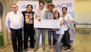El equipo de Dooten, uno de los ganadores en AngelHack Santiago.